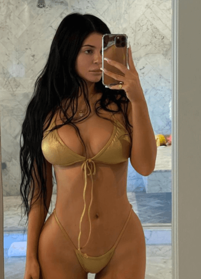 Sexy Kylie Jenner Naughty Harbor 2
